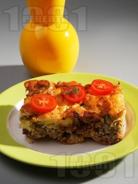Гръцка мусака с патладжан (син домат), ориз и кайма на фурна със заливка от брашно, яйца и мляко - снимка на рецептата